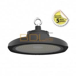 Lampe LED industrielle 200W avec son réflecteur