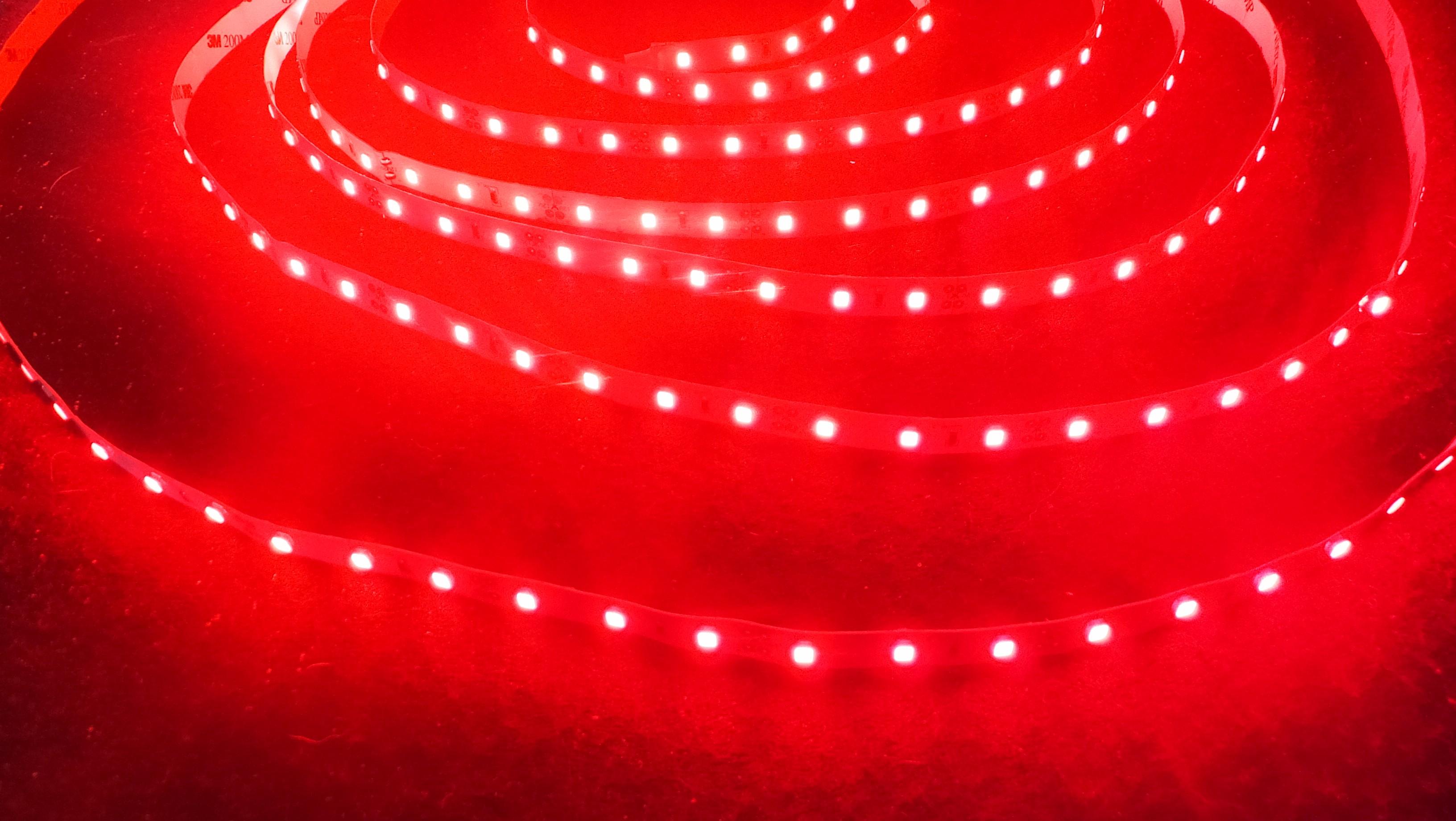 ruban led rouge 2835 12 watts m. Black Bedroom Furniture Sets. Home Design Ideas