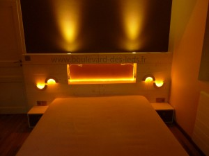 Eclairage-chambre-bandeau-LED-orange