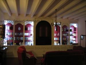 éclairage-bibliothèque-avec-bande-led